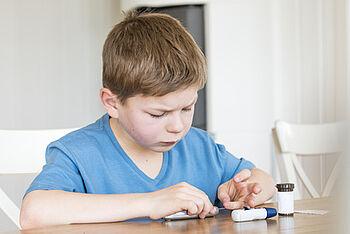 Diabetes bei Kindern: Symptome, Ursachen, Therapie - Dianol ist ein Mittel des Kampfes gegen Diabetes
